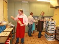 voorbereidingen in de keuken